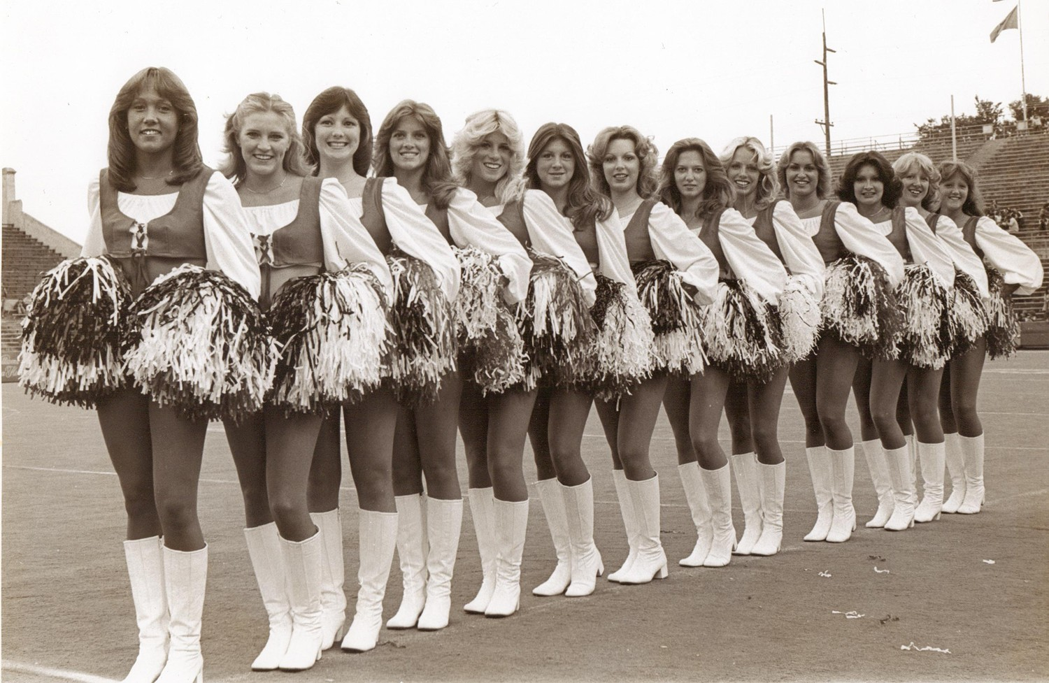 Cheerleaders lesbiennes ont des rapports sexuels