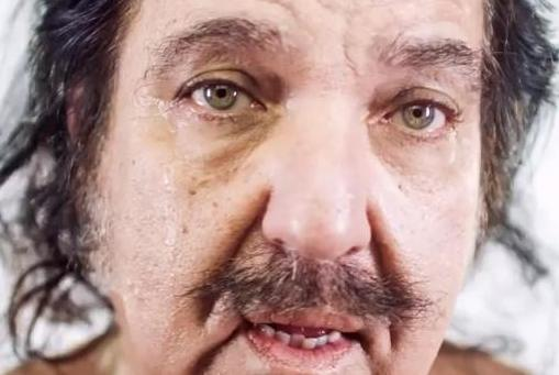 Ron-Jeremy-remakes-Miley-Cyrus-Wrecking-Ball-video