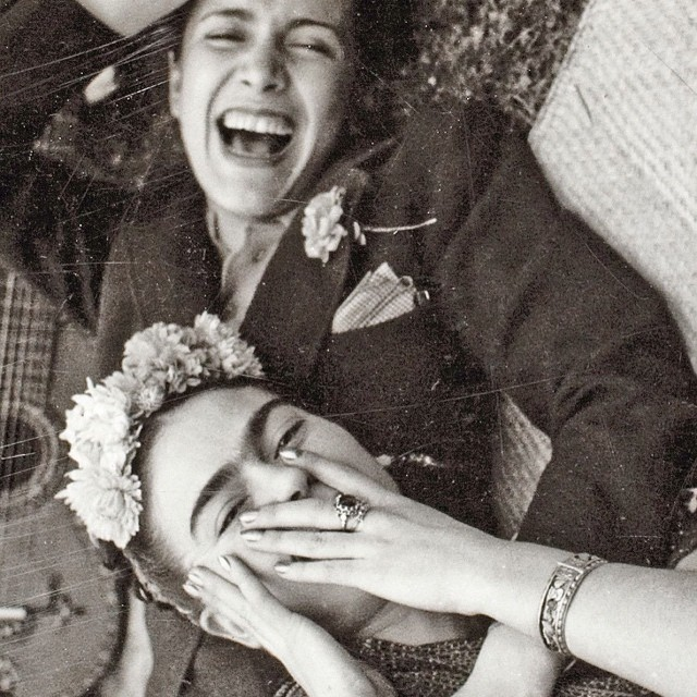Frida-Kahlo-and-Chavela-Vargas-5244