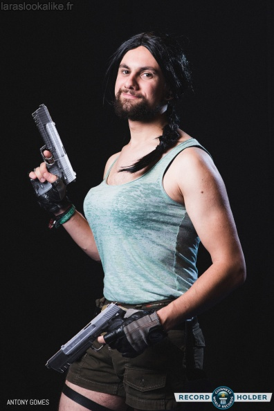 adrien-198-cosplay-laracroft-record-parisgamesweek_01-me